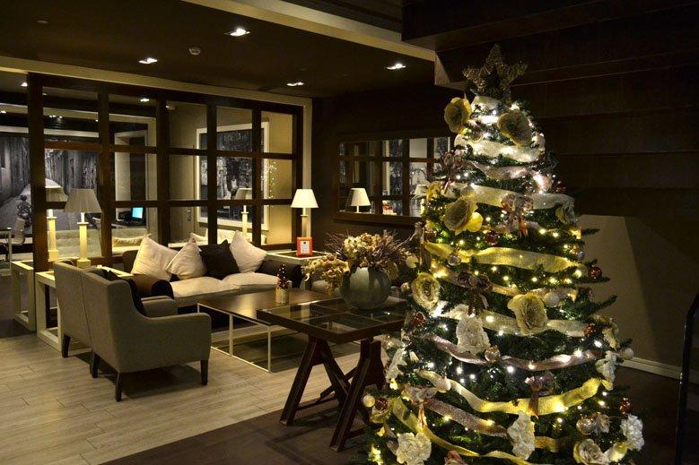 Árbol de Navidad hotel 4 estrellas en las ramblas de Barcelona