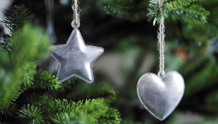 Nuevas decoraciones para árboles de Navidad en la web de Ikea España